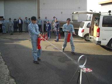 火災訓練 其の二 消火器